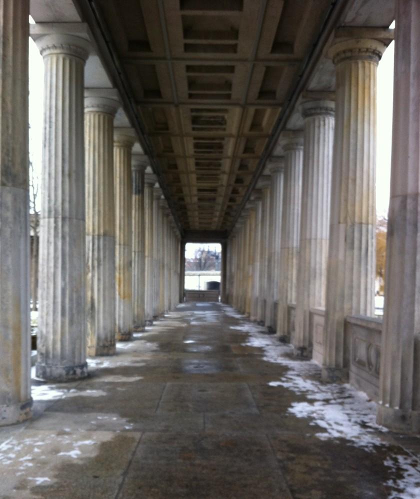 Säulengang auf der Museumsinsel