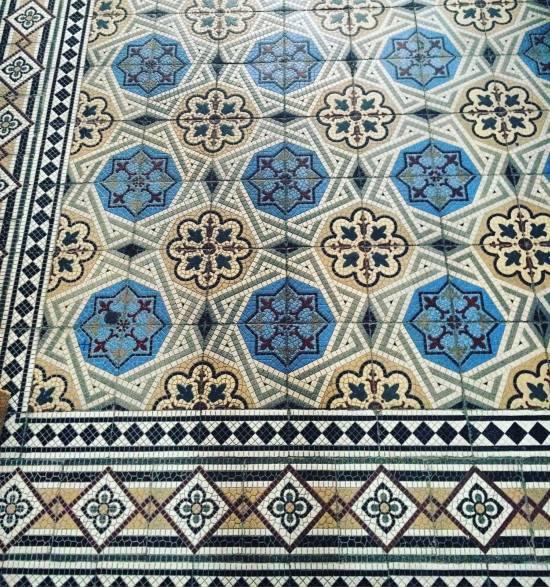 Der schöne Mosaik-Fußboden in unserem Haus / (c) Kathrin Eß / Mrs K.Ess 2016